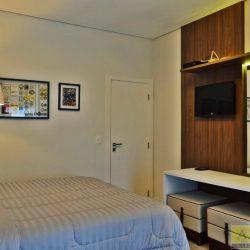 Dormitório 082
